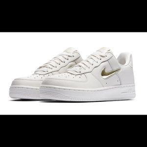 W Nike Air Force 1 '07 PRM LX AO3814 001 Size 7.5 NWT